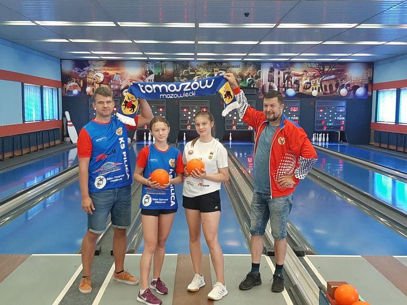 Na zdjęciu kręglarki KS Pilica wraz z trenerami, które wezmą udział w Mistrzostwach Świata w kręglarstwie